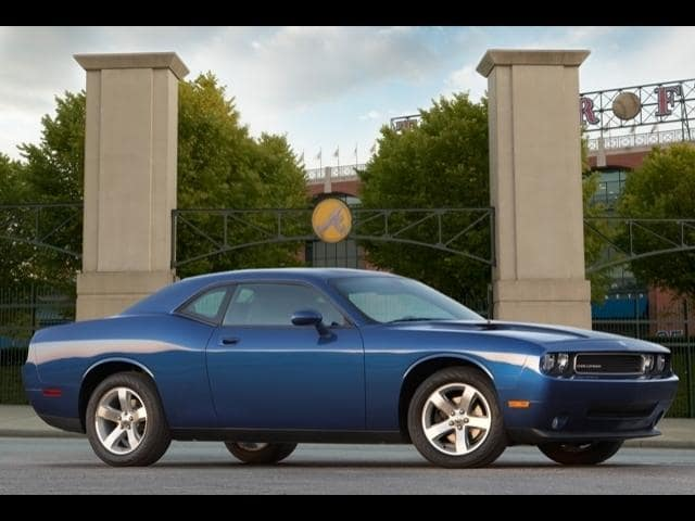 Pre-Owned 2010 Dodge Challenger 2dr Cpe SE